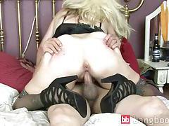 Mature Blond Gets Cock tubes