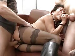 Hairy mature in sexy pantyhose fucked in threesome tubes