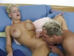 They wake up and a blonde gets her pussy pounded tubes