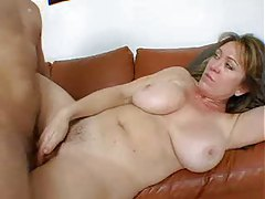 Busty, hot ass mature babe doing anal tubes
