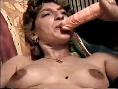 Amateur oral from girl in fishnets tubes