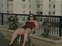 Fat chick upskirt tease outdoors tubes