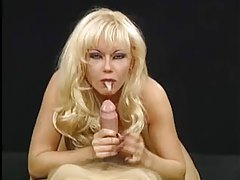 Bimbo blonde sucks cock in POV video tubes