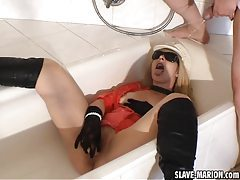 Pissing Slutwife in the bath room tubes