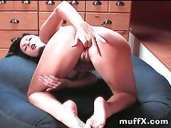 Sensual solo chick masturbates her pussy tubes