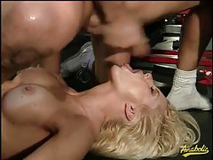 90s bimbo is a gangbang slut tubes