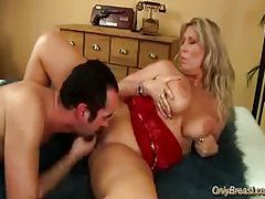 Big breasts babe gets fucked tubes