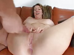 Groaning milf lets him up her asshole tubes