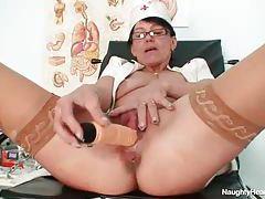 Mature brunette nurse dildo fucking her pussy tubes