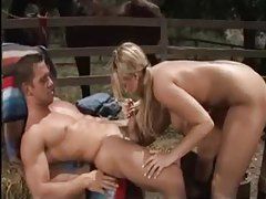 Sex outdoors with curvy pigtailed blonde tubes
