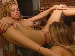 Smoking hot lesbians with great bodies fool around tubes