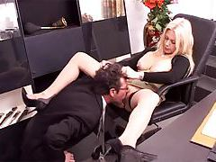 He goes down on his beautiful boss in office tubes