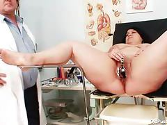 Fatty has gyno fun with her doctor tubes
