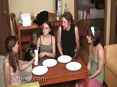 Lily, Elise, Amber and Sean Pie Eating Contest part I tubes
