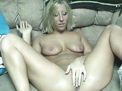 Pierced nipples hottie toy fucks her vagina tubes