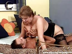 Curvy mature is his lady to lay in the hardcore vid tubes
