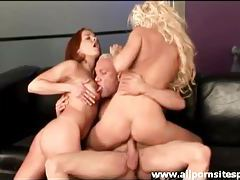 Redhead and blonde sluts sharing one fat cock tubes