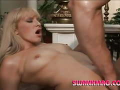 Blonde milf with gorgeous body getting slammed tubes