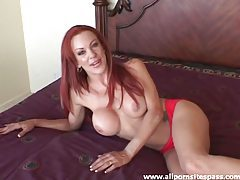 Cute girl in bed shows her pussy and talks tubes
