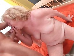 Old lady loves to suck on cock tubes
