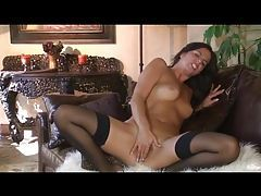 In sexy black stockings this beauty masturbates tubes