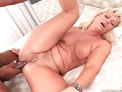 Milf wants thick black dick in her asshole tubes