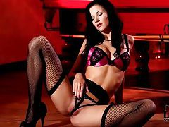 In a flawless lingerie set she looks so hot tubes