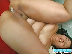 Fat girl pussy squirts after hot fucking tubes