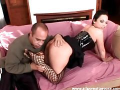 Dominant babe in latex corset eaten out tubes