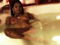 Bollywood-Nudes For You tubes
