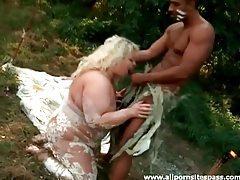 Fat messy blonde sucks black cock outdoors tubes