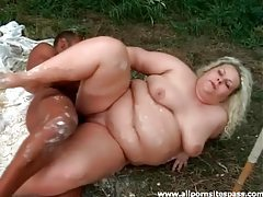 Messy sex with mega fat blonde outdoor tubes