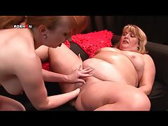 Fat girl pussy fisted by lesbian hand tubes