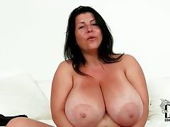 Fat girl with big sexy natural tits tubes