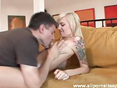 Beautiful blonde teen likes to kiss and fuck tubes