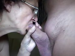 Granny gives head to a chubby dick tubes