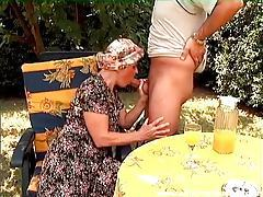 Old lady sucks thick dick outdoors tubes