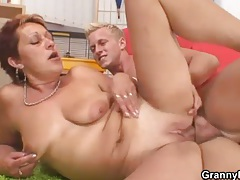 Mature cocksucker sits on dick with hot box tubes