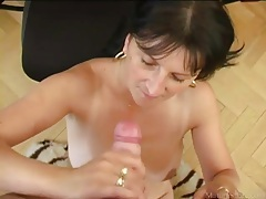 Mature secretary sucks cock and he cums tubes