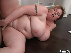Sensual kissing with BBW that gets fucked tubes