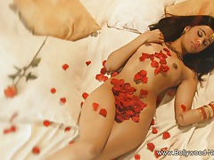 Sensual Rubbing by Indian Babe tubes