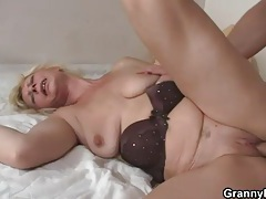 Old body banged by long young cock tubes