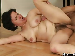 Hairy mature cunt fucked after blowjob tubes