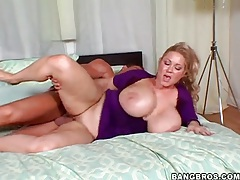 Hot blonde BBW sits on his cock reverse cowgirl tubes