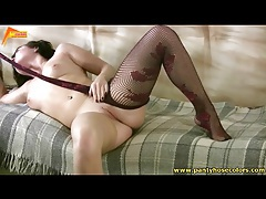 Curvy chick in pantyhose masturbates solo tubes