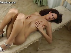 Tall skinny chick with curly hair erotic solo tubes