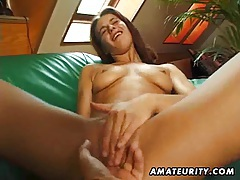 German amateur GF pussy fingered and full blowjob tubes