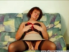 Solo mature in sexy lingerie fingers pussy tubes