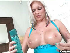 Solo blonde with piercings and big sexy tits tubes