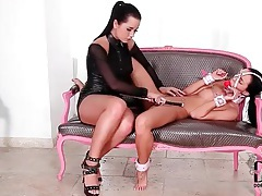 Leather mistress dominates her bound and gagged girl tubes